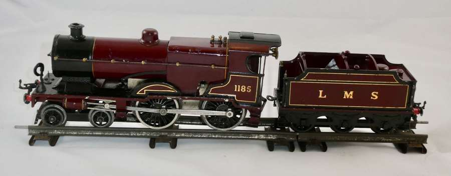 Hornby 'O' Gauge Locomotive and Tender