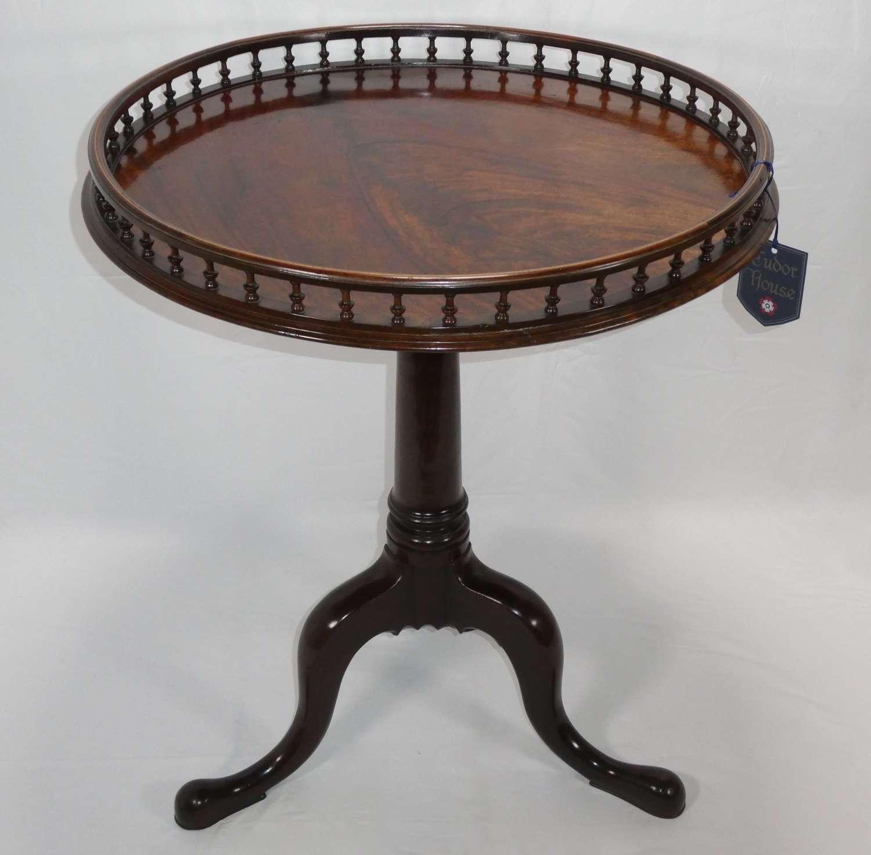 Tripod Table