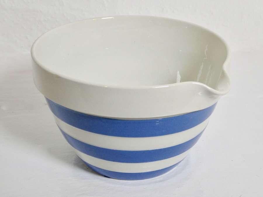 Cornishware Pouring Bowl