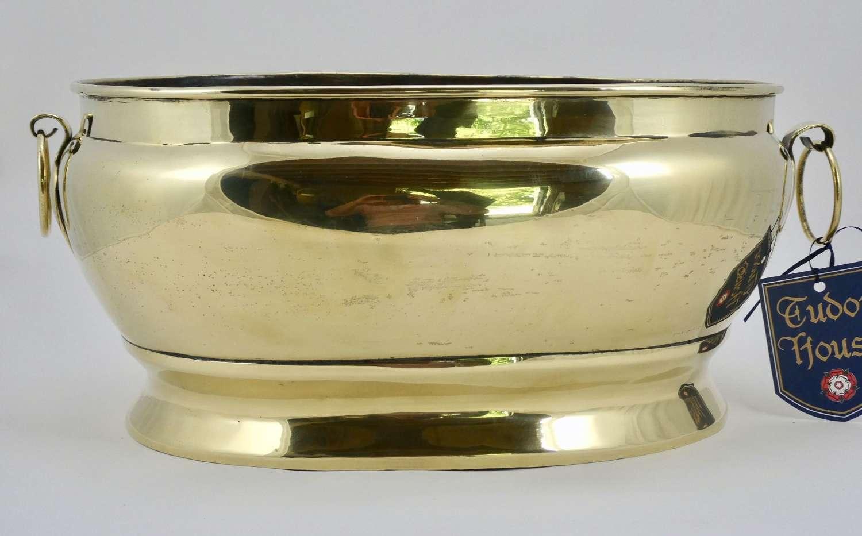 Late 19th Century Oval Brass Jardinière